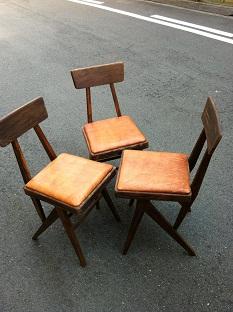 椅子革張り2