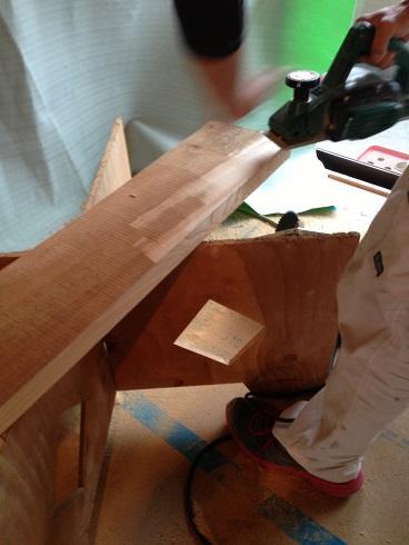 14:マスタープランさん 欅玄関框加工3