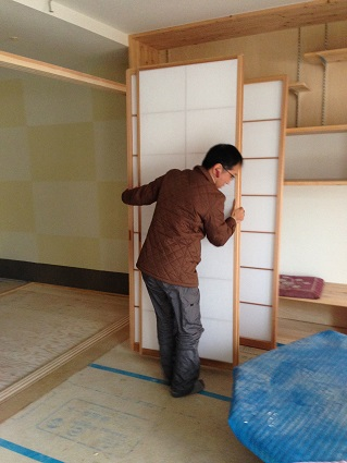 15堺市北区I様邸建具搬入