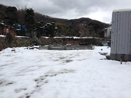 1.山の棲家 雪