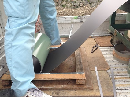 32 八尾「山の棲家」屋根工事