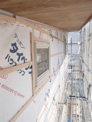41 八尾「山の棲家」外壁通気胴縁