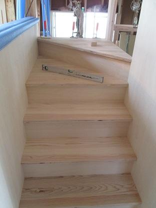 14 「山の棲家」階段