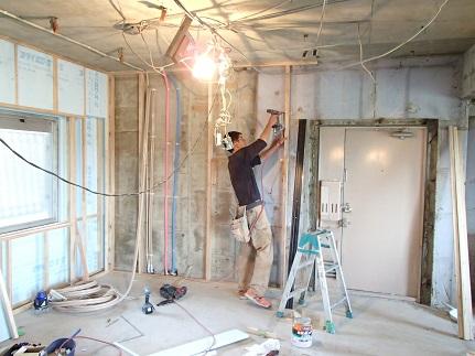 4N様邸木のマンションリノベーション 外壁面断熱改修