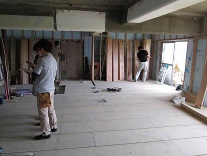 9N様邸木のマンションリノベーション フロアーの仕分け