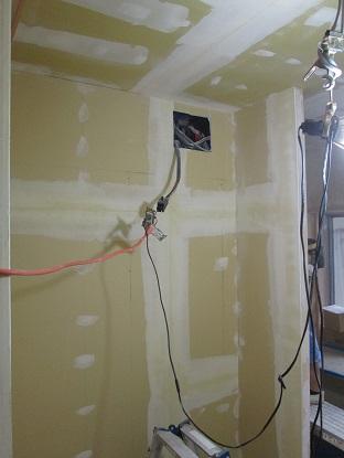 7 N様邸木のマンションリノベーション クロスボードジョイント処理