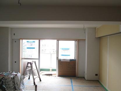 11 N様邸木のマンションリノベーション 左官下塗り