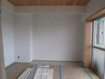 12 N様邸木のマンションリノベーション 左官塗り体験