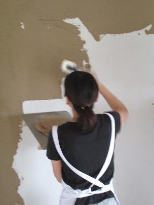 17 N様邸木のマンションリノベーション 左官塗り体験