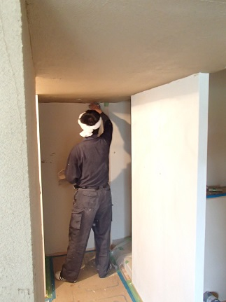 21 N様邸木のマンションリノベーション 左官塗り体験