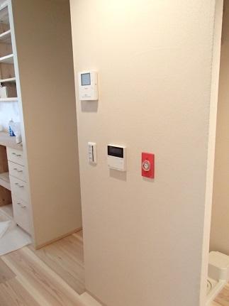 26 N様邸木のマンションリノベーション 照明器具取付け