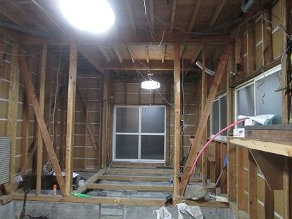 11 藏家の1階新事務所改装工事土間モルタル打ち