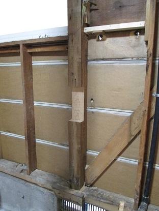 13 藏家の1階新事務所改装工事柱補強
