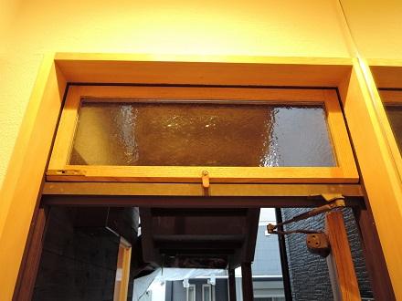 74 藏家新事務所アンティークガラス設置