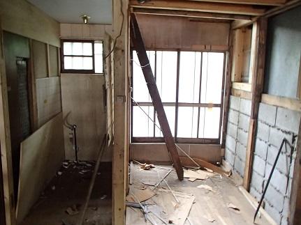4 ビフォーアフター里井邸 解体2日目から