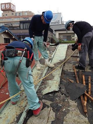 9 ビフォーアフター里井邸 屋根解体