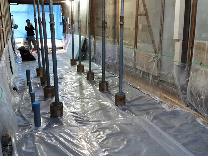 29  ビフォーアフター里井邸 基礎防湿シート敷き