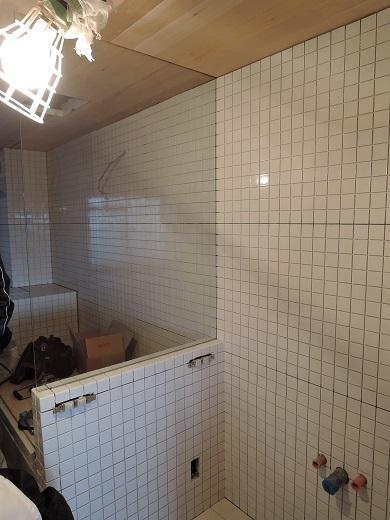 45  Y様邸マンションリノベーション工事 お風呂強化ガラス設置