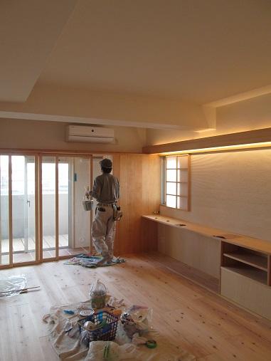 81  Y様邸マンションリノベーション工事 枠など塗装