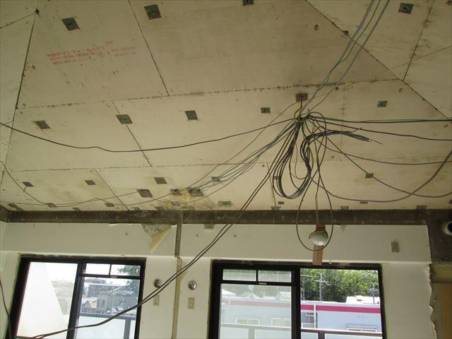 24 豊中 T様邸木のマンションリノベーション 解体