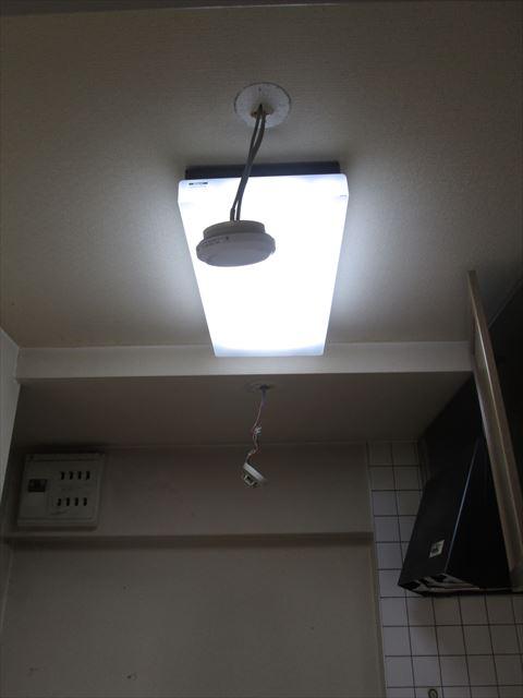 11 東三国のM様邸木のマンションリノベーション解体前電気