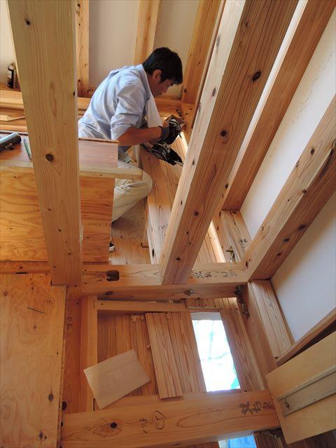 6 西宮H様邸木の家新築現場 下屋板張り
