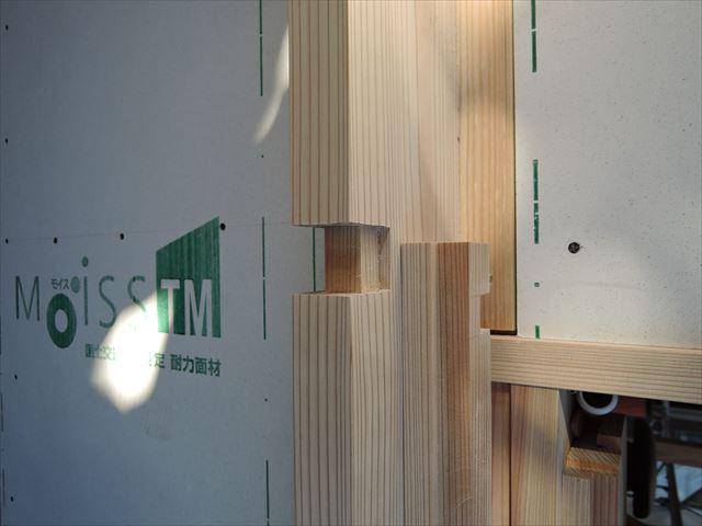 46 西宮H様邸木の家新築現場 木製窓枠加工