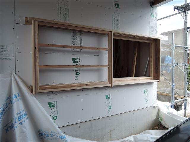 47 西宮H様邸木の家新築現場 木製窓枠加工
