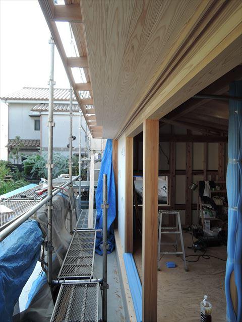 51 西宮H様邸木の家新築現場 掃き出し庇