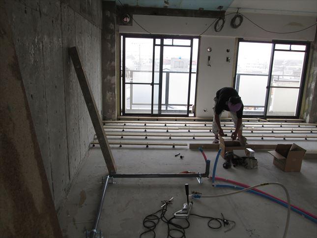 10 豊中T様邸木のマンションリノベーション 乾式二重床施工
