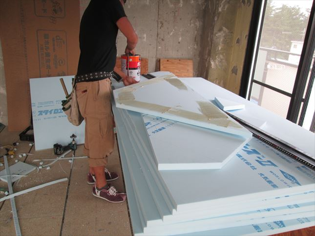25 豊中T様邸木のマンションリノベーション 天井断熱材