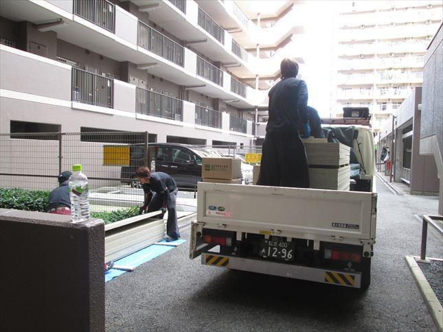 4 東三国のM様邸木のマンションリノベーション荷揚げ