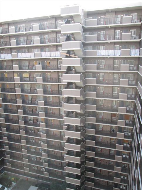 8 東三国のM様邸木のマンションリノベーション荷揚げ