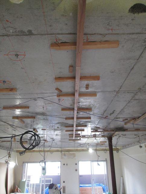 34 東三国のM様邸木のマンションリノベーション天井下地