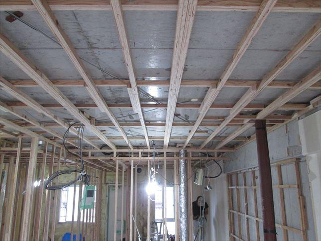 38 東三国のM様邸木のマンションリノベーション天井下地