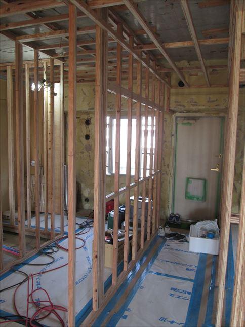 39 東三国のM様邸木のマンションリノベーション壁下地