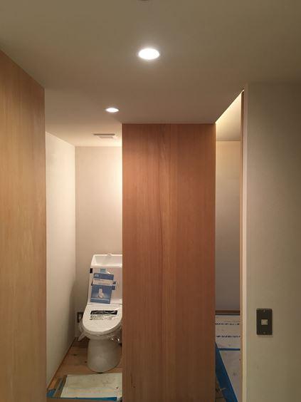 13 東三国のM様邸木のマンションリノベーション照明器具