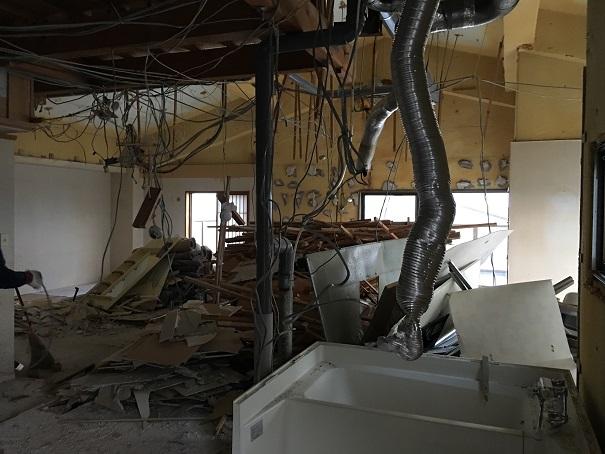 5  貝塚U様邸国産材を使用した木のマンションリノベーション 解体