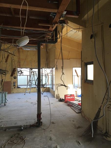 6  貝塚U様邸国産材を使用した木のマンションリノベーション 解体