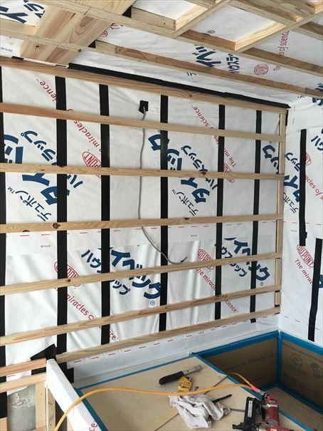 31 貝塚U様邸国産材を使用した木のマンションリノベーション お風呂下地_R
