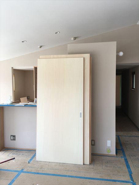 62 貝塚U様邸国産材を使用した木のマンションリノベーション 建具工事_R