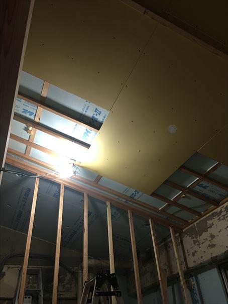 74 吹田山田 戸建てマンションリノベーション天井ボード_R