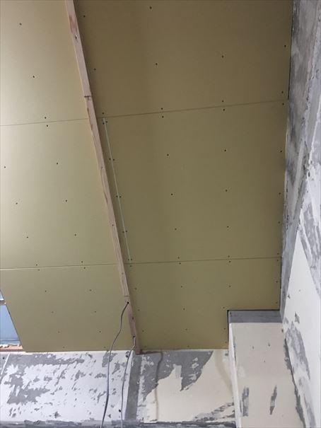 75 吹田山田 戸建てマンションリノベーション天井ボード_R